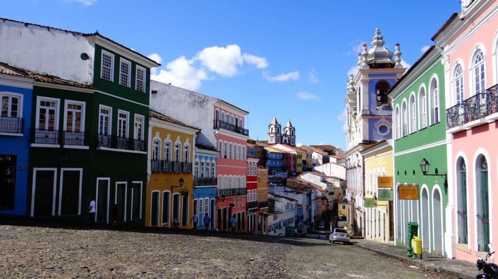 Les ruelles colorées de Salvador de Bahia au Brésil