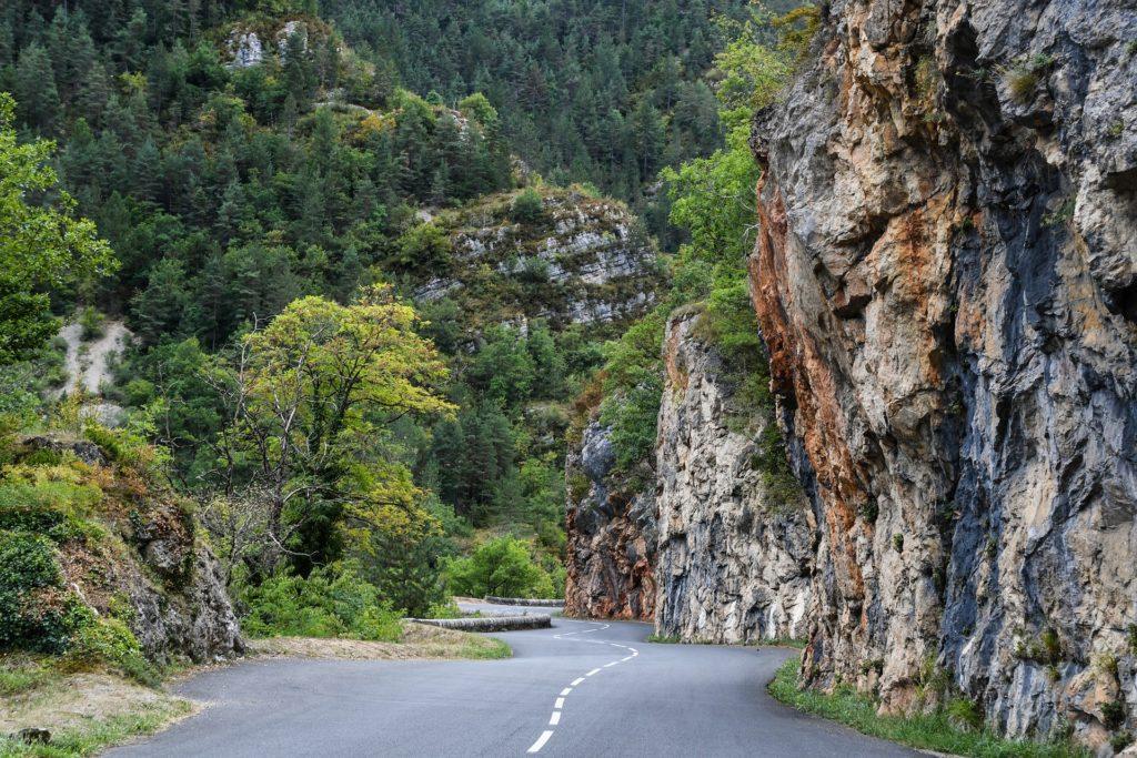 Les routes sinueuses des Gorges du Tarn