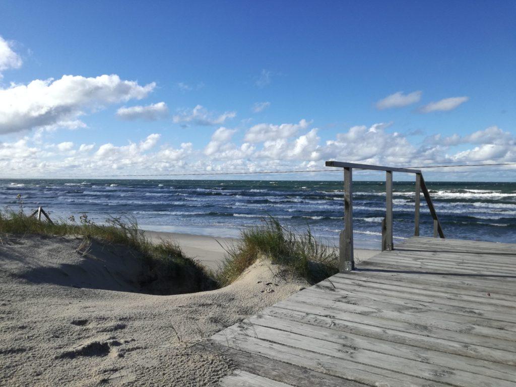 La mer baltique et la plage de Klaipėda en Lituanie