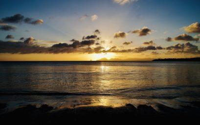 Coucher de soleil sur la Grande Anse des Salines à Ste-Anne, Martinique