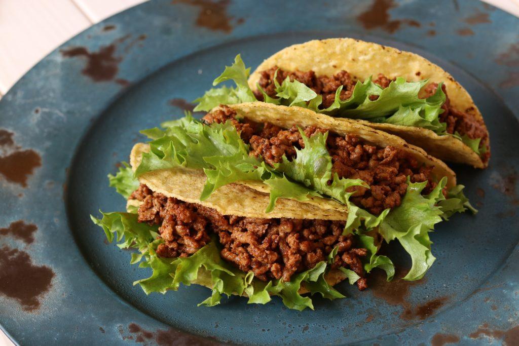 Les tacos, un des plats les plus connus de la gastronomie mexicaine