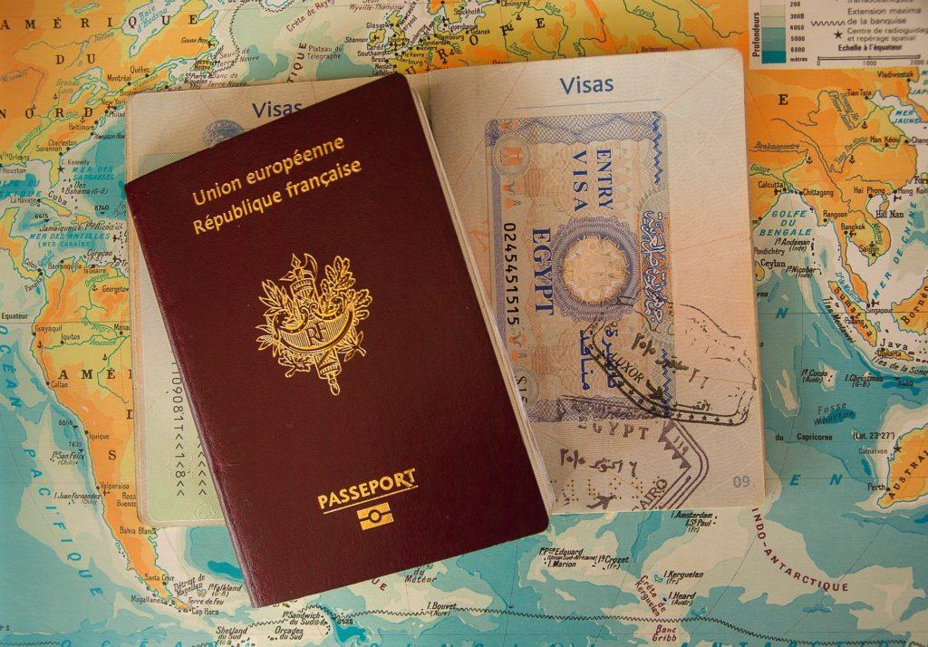 Portraits de personnes parties en expatriation autour du monde